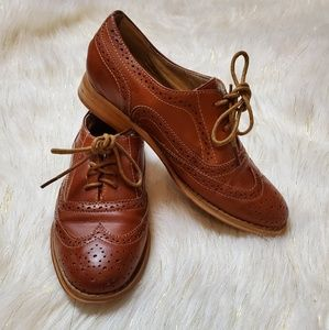 Wanted oxfords lace up dress shoe womens 6 1/2